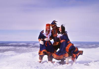 Schöne Landschaften und Sami-Kultur